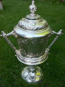 Yorkshire_Cup_(Rugby_Union)_T'owd_tin_pot